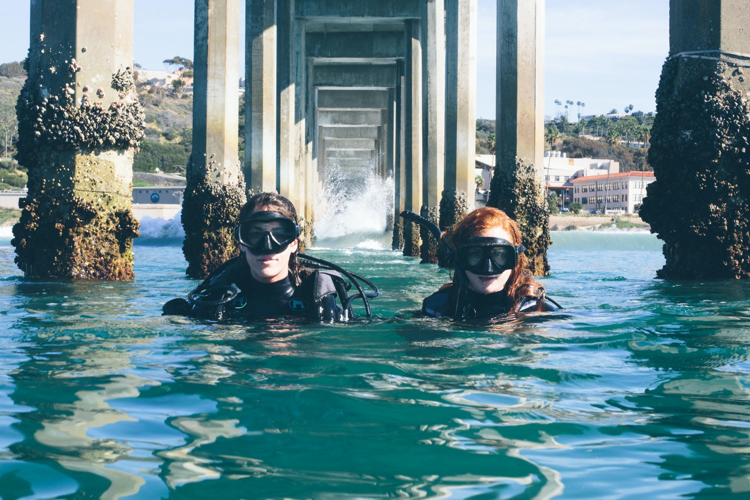 Together, Emily Callahan (left) and Amanda Jackson (right) are a driving force behind Rigs-to-Reefs programs around the world.
