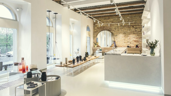 The design shop at SmetanaQ showcases Czech-made products.