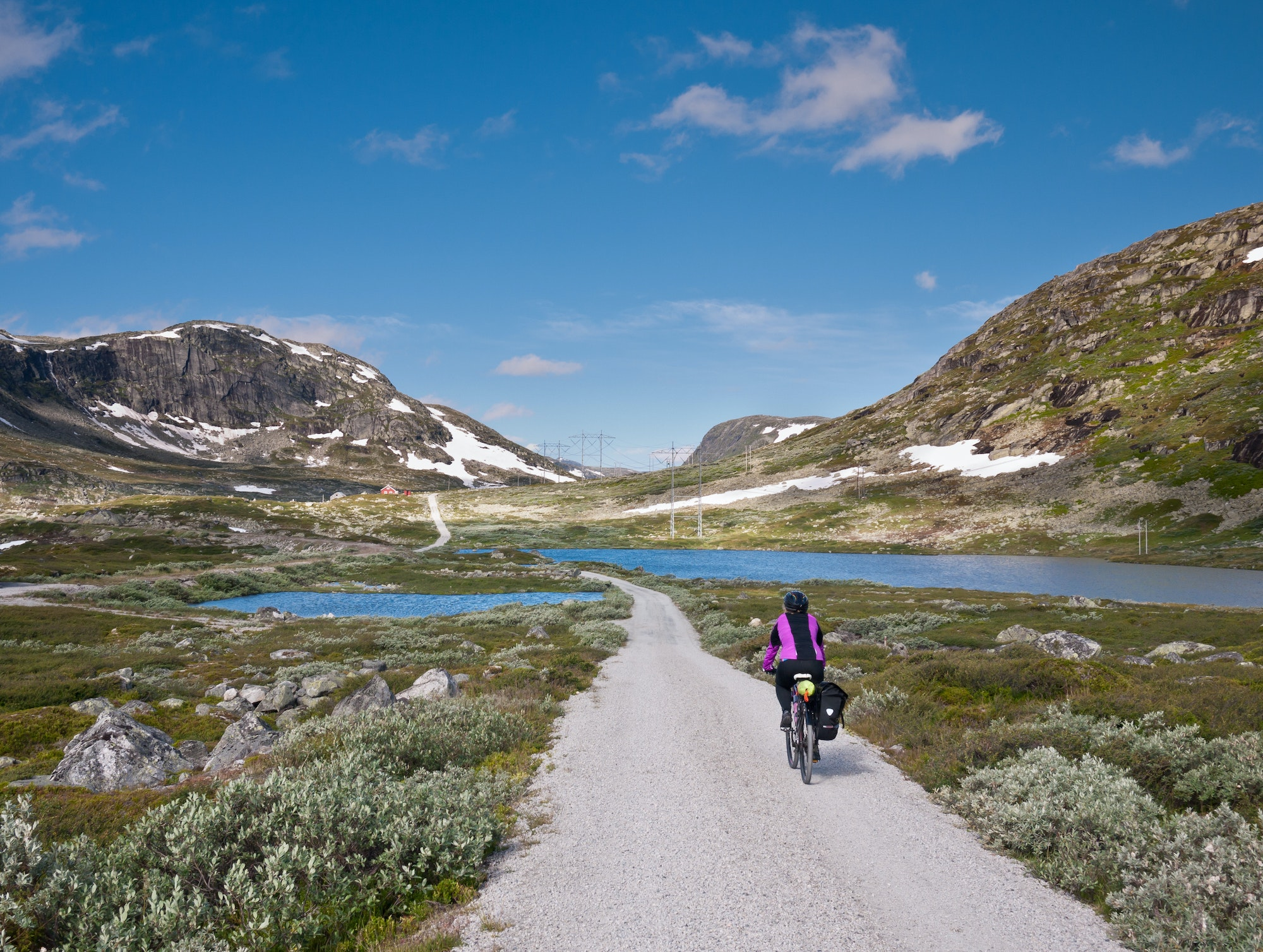 Bringing the kids or beginners? Stick to the first 16 miles of Rallarvegen, where the road is in good condition.