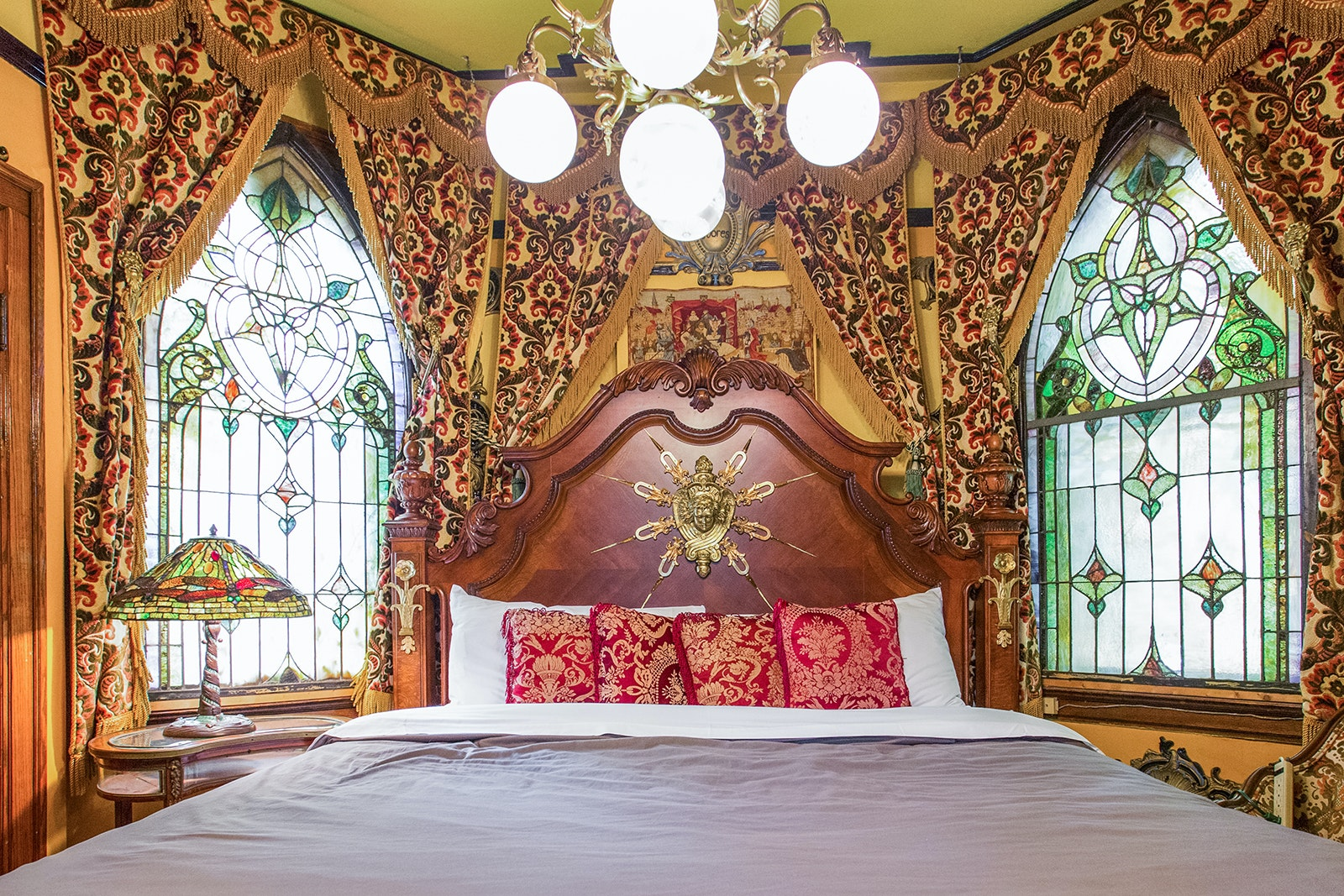 Venture slightly outside of central Chicago to Andersonville for a stay at a castle-like house fit for a king.