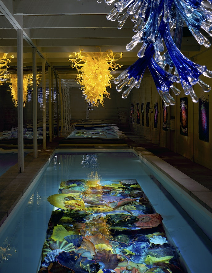 Dale Chihuly/Lap Pool, 1994/12 x 54 x 4'/The Boathouse, Seattle