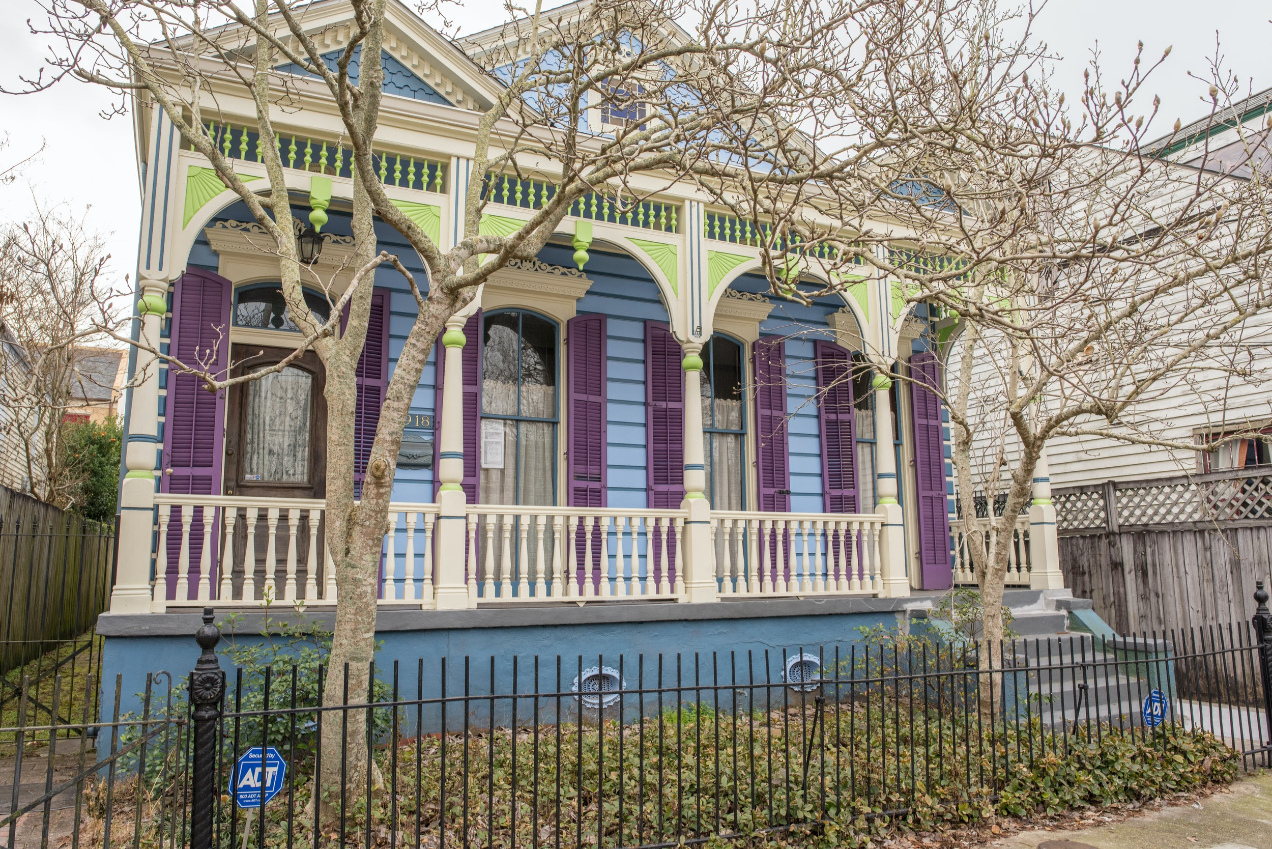 The Marigny and Bywater districts are full of colorful homes.