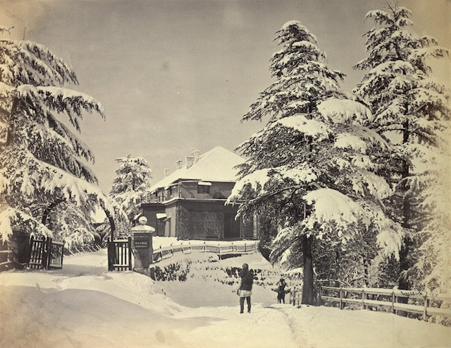 India may be famously hot, but up in the mountains, the snow days are beautiful.