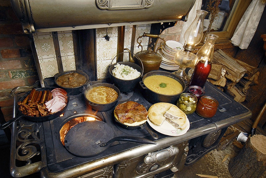 A hearty meal on a traditional stove at Sucrerie de Montagne