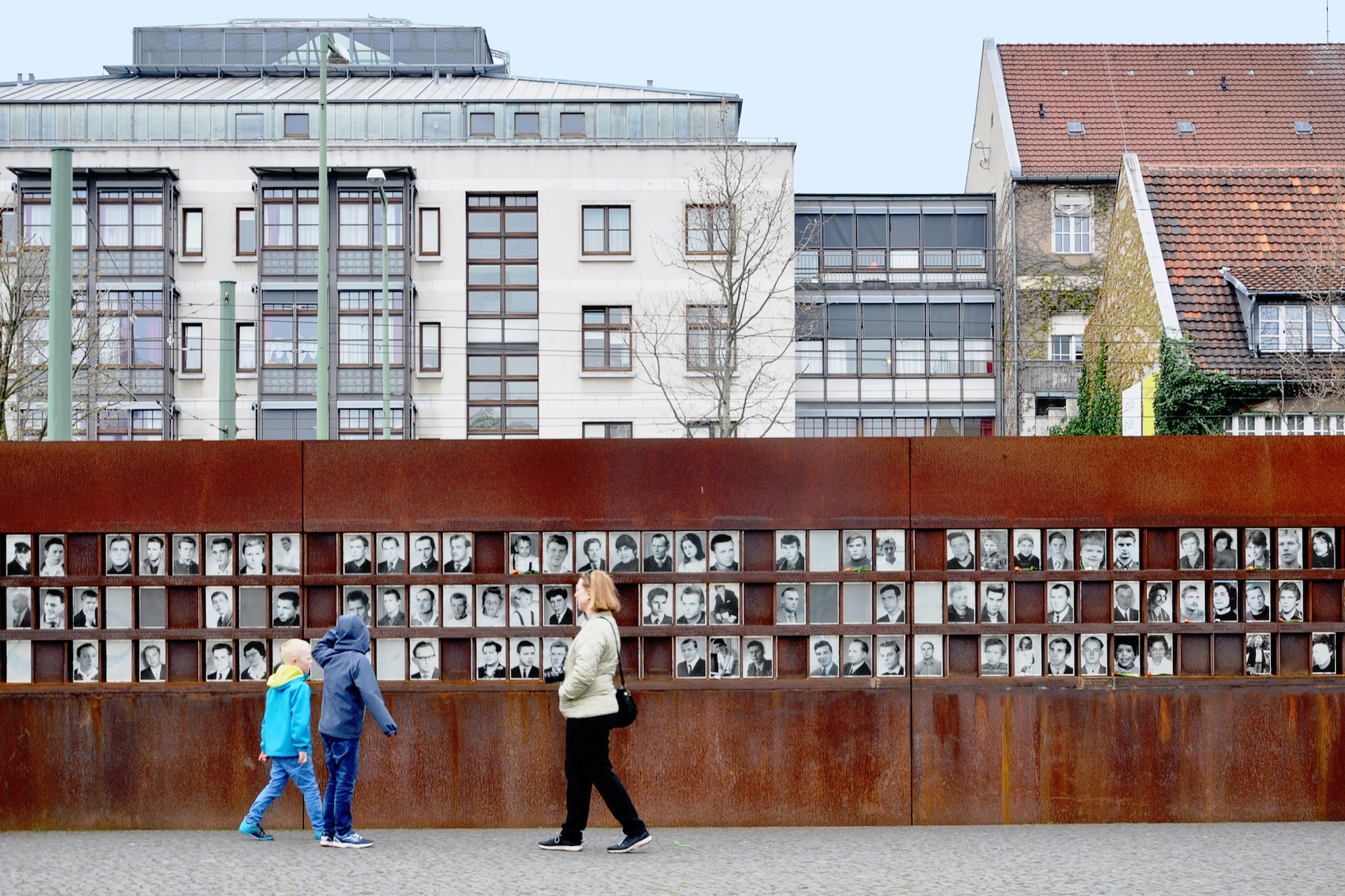 The Gedenkstätte Berliner Mauer (Berlin Wall Memorial) commemorates the lives lost as a result of the division of Berlin by the wall.