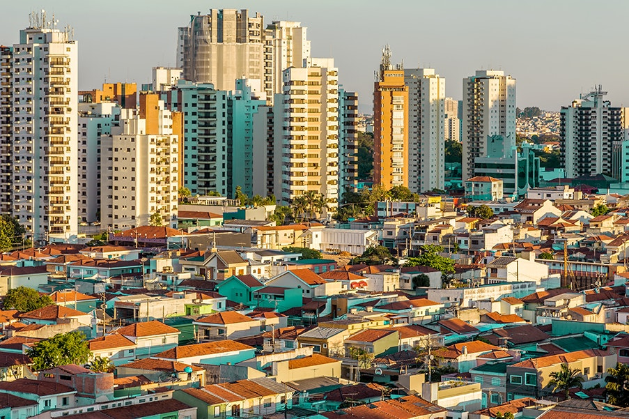 A number of bars throughout São Paulo welcome locals and visitors alike to dance the samba.