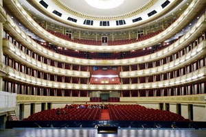 Vienna's Moment: Learning to Love Opera in the City of Music