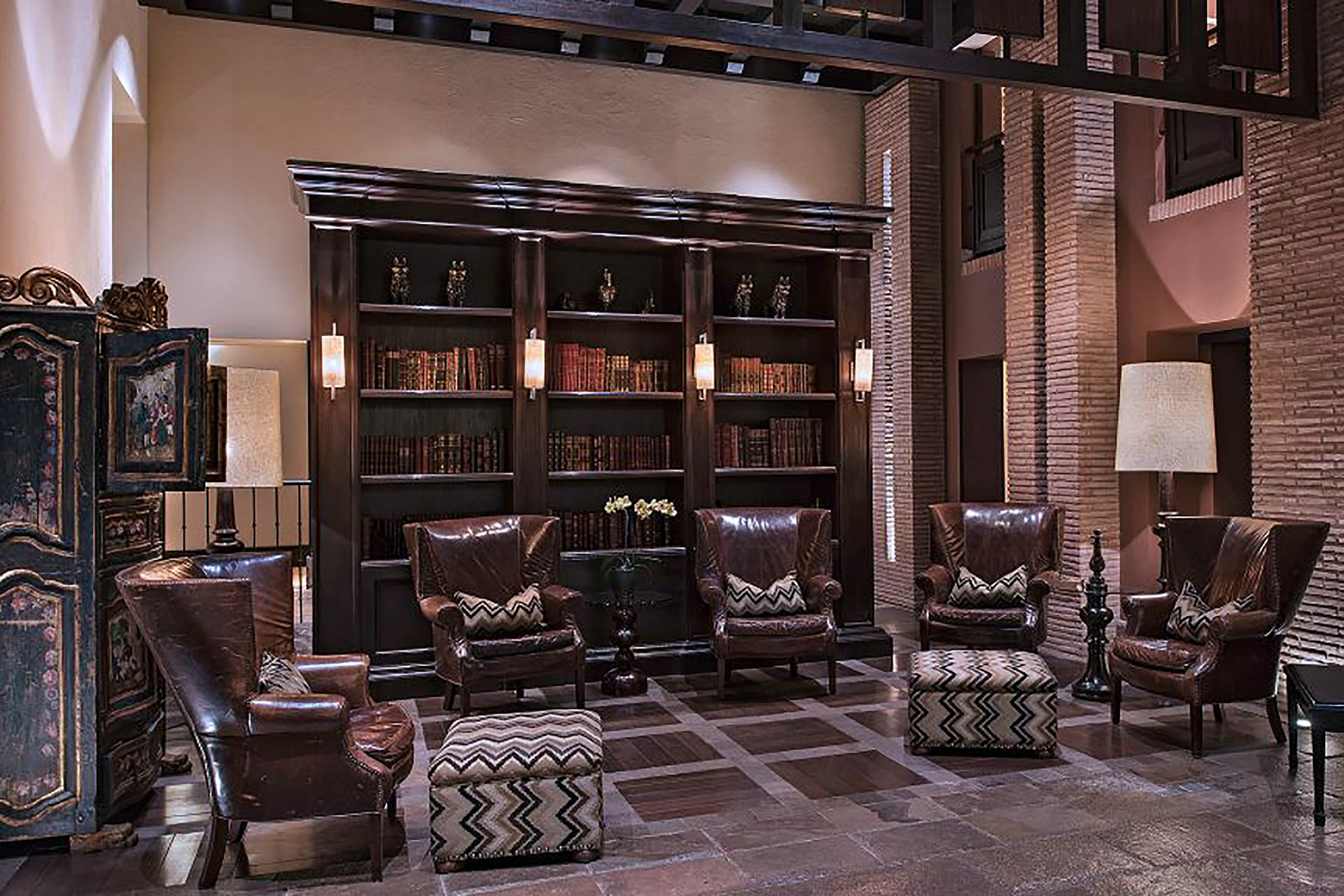 The JW Marriott El Convento Cusco's library is brimming with antiques.