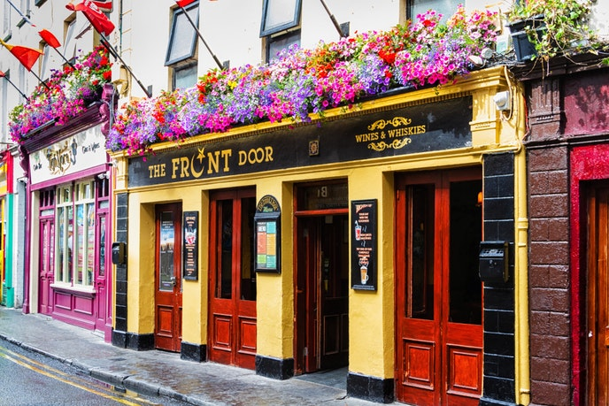 Traditional Galway pubs such as The Front Door even rely on local ingredients for their fare.