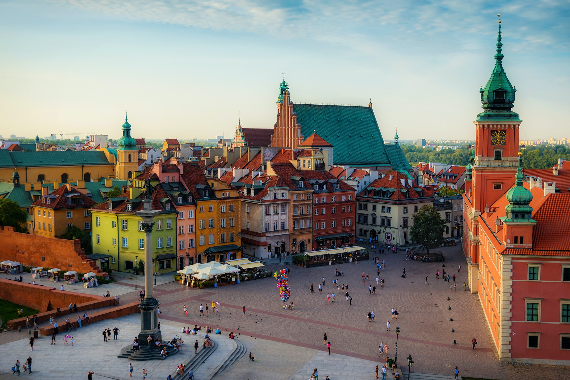 LOT Polish Airlines will begin direct flights from Miami to Warsaw in June 2019.