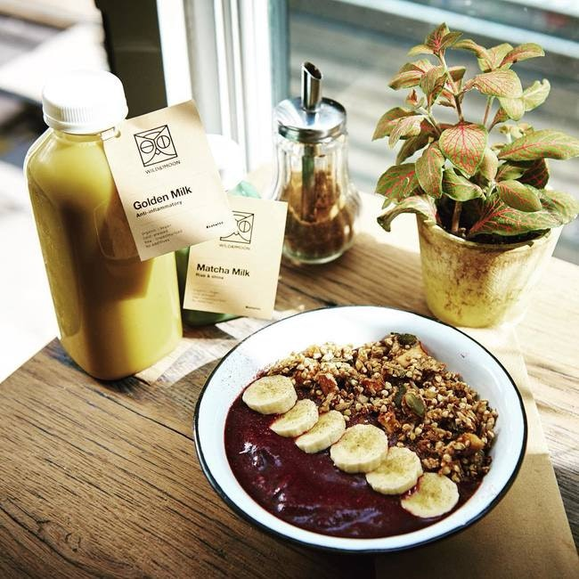 A Wild & the Moon breakfast of acai bowls and nutmilk