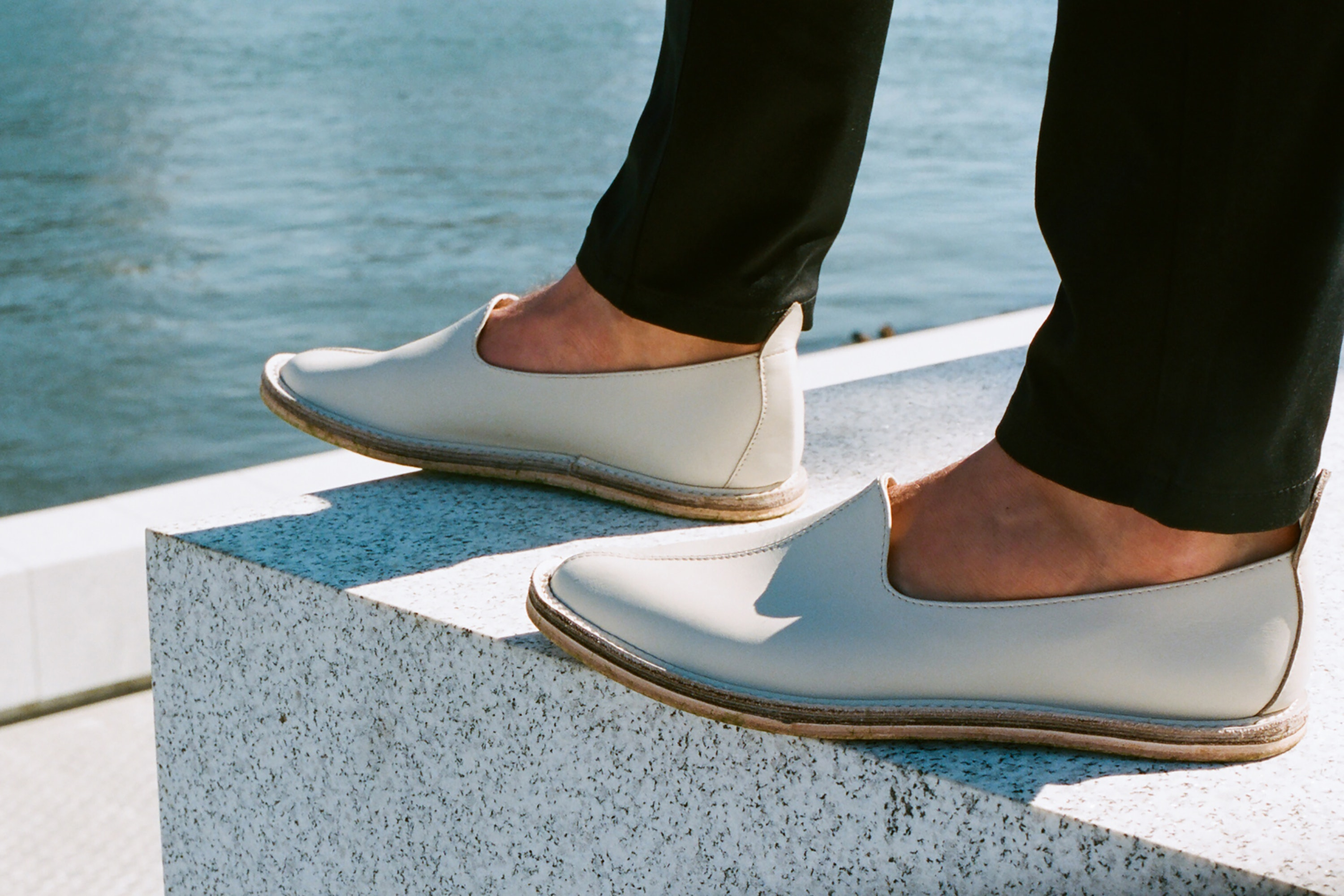 The slip-on design of Vayarta's mocassins makes them ideal airport shoes.