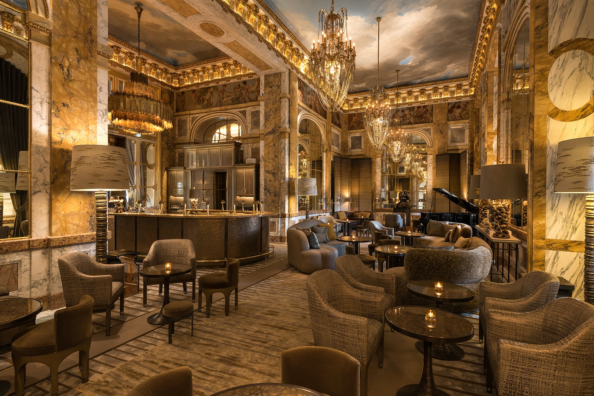 Les Ambassadeurs bar at Hôtel de Crillon, A Rosewood Hotel, offers more than 100 champagne labels served in an 18th century-inspired space.