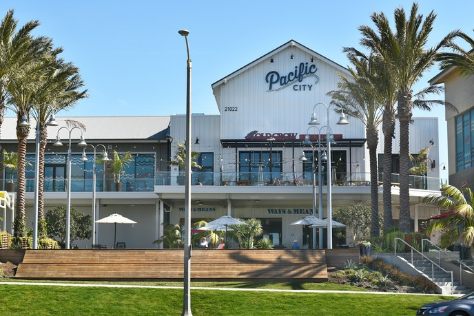 Head to Pacific City in Huntington Beach for great coffee, dining, and shopping.