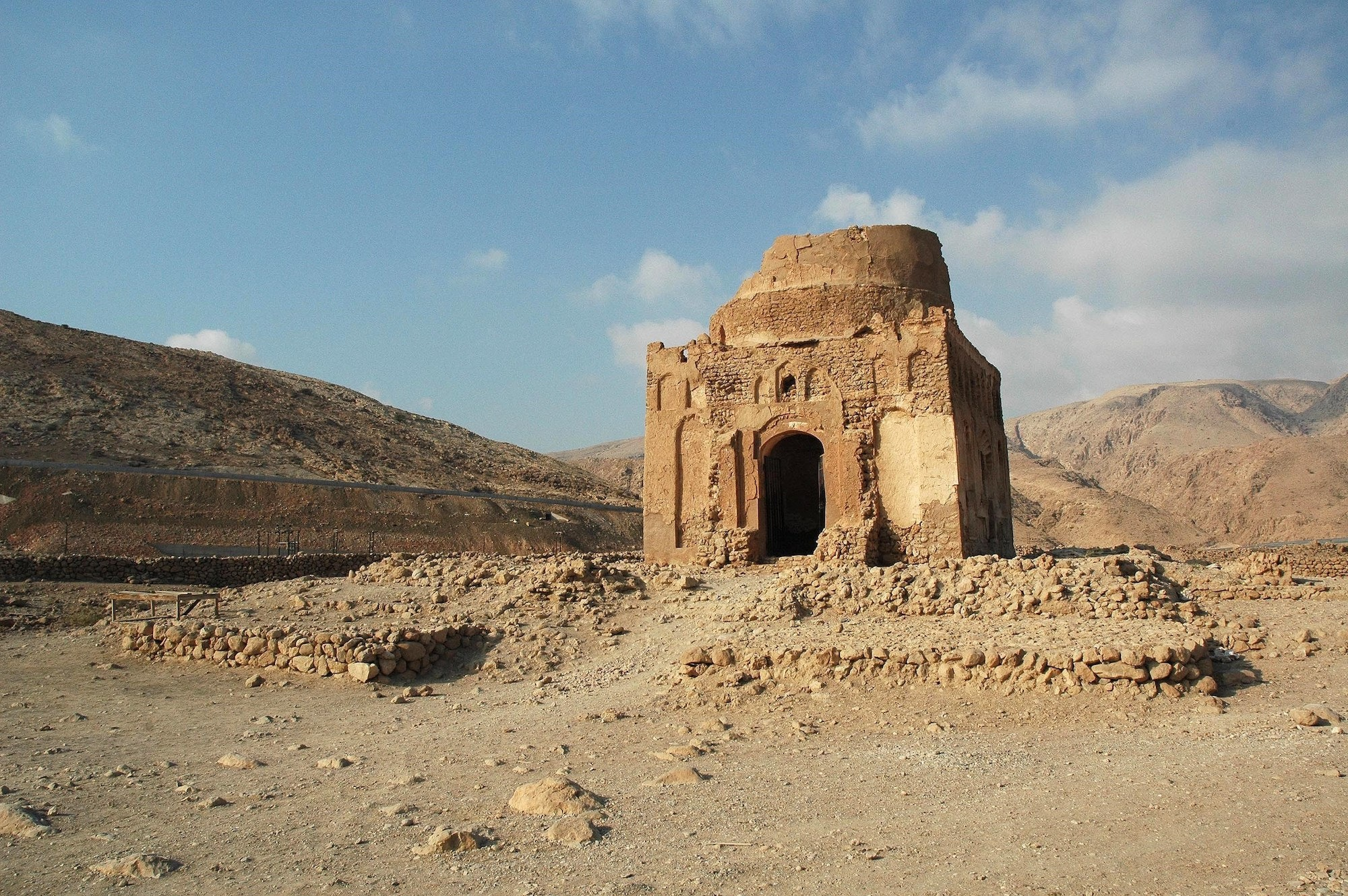 Today, very little of the Ancient City of Qalhat remains, save for the Bibi Maryam Mausoleum.