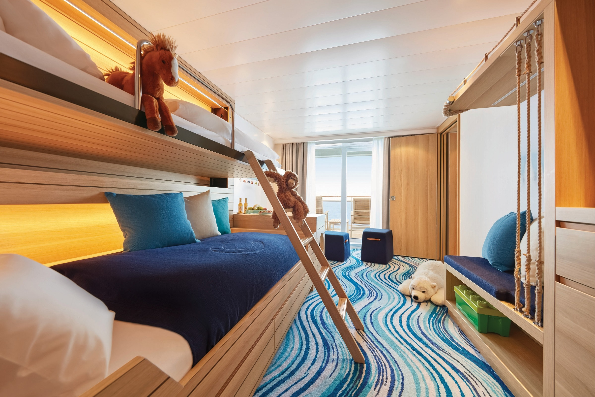 A family cabin on Hapag-Lloyd Cruises has plenty of space for little ones and their parents.