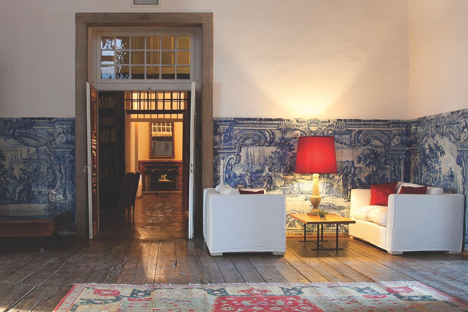 The Palácio Belmonte stays true to its legacy, but its furnishings introduce elements of modern design.
