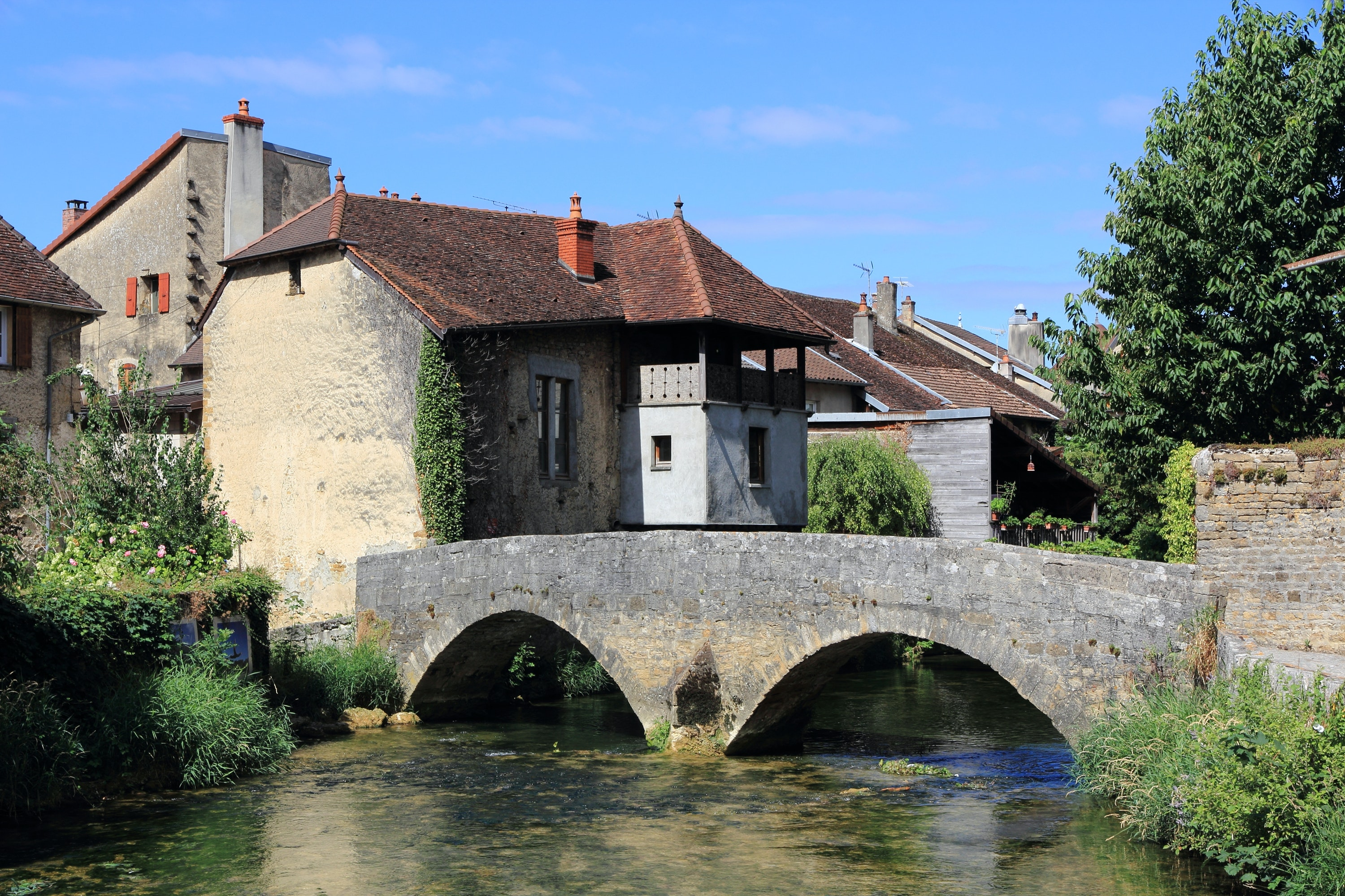 The village of Arbois is home to several excellent restaurants.