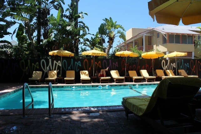Now imagine the pool at Freehand Miami WITH BBQ
