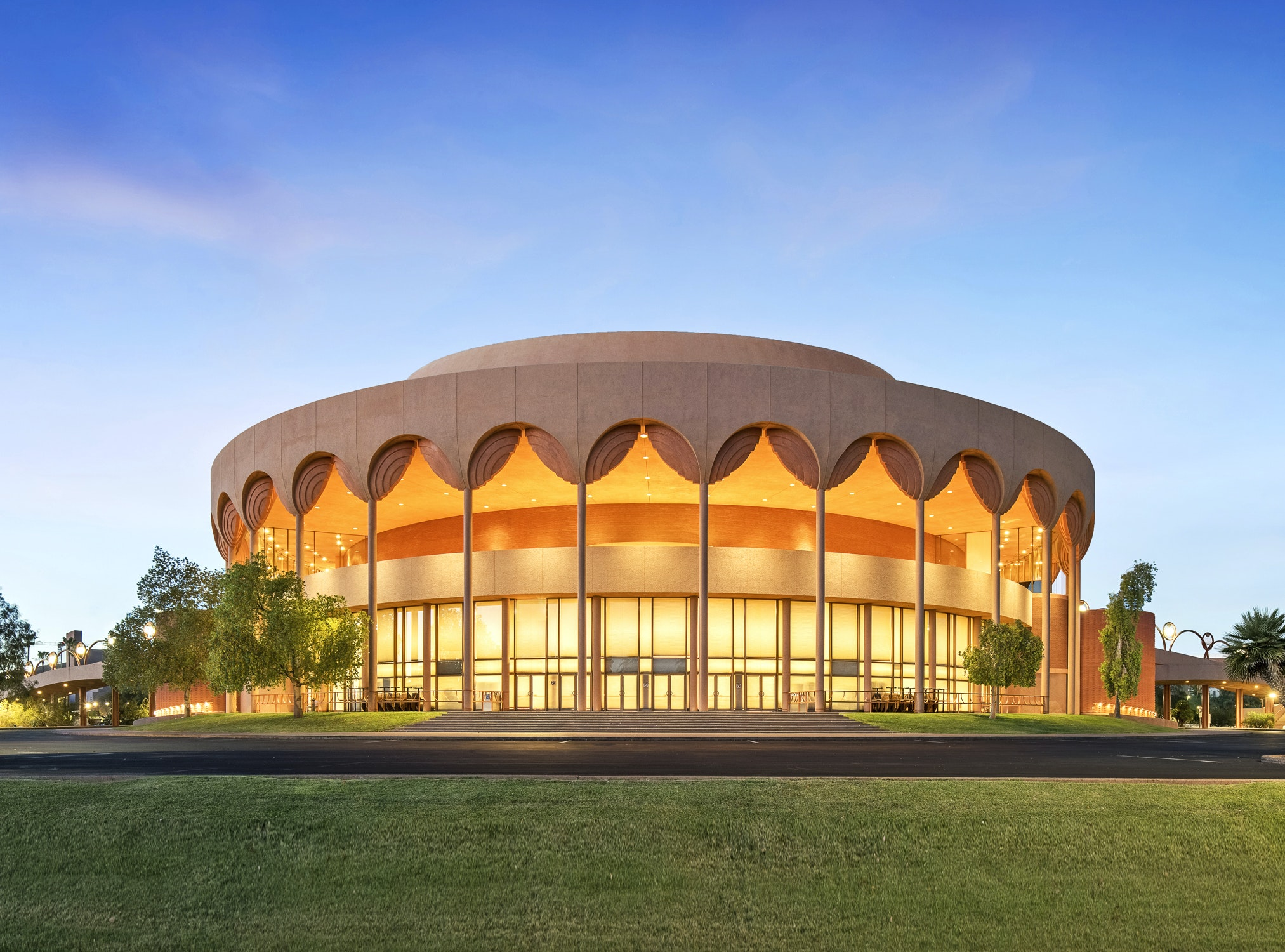 ASU's Gammage Auditorium has 3,000 seats, none of which is more than 115 feet from the stage.