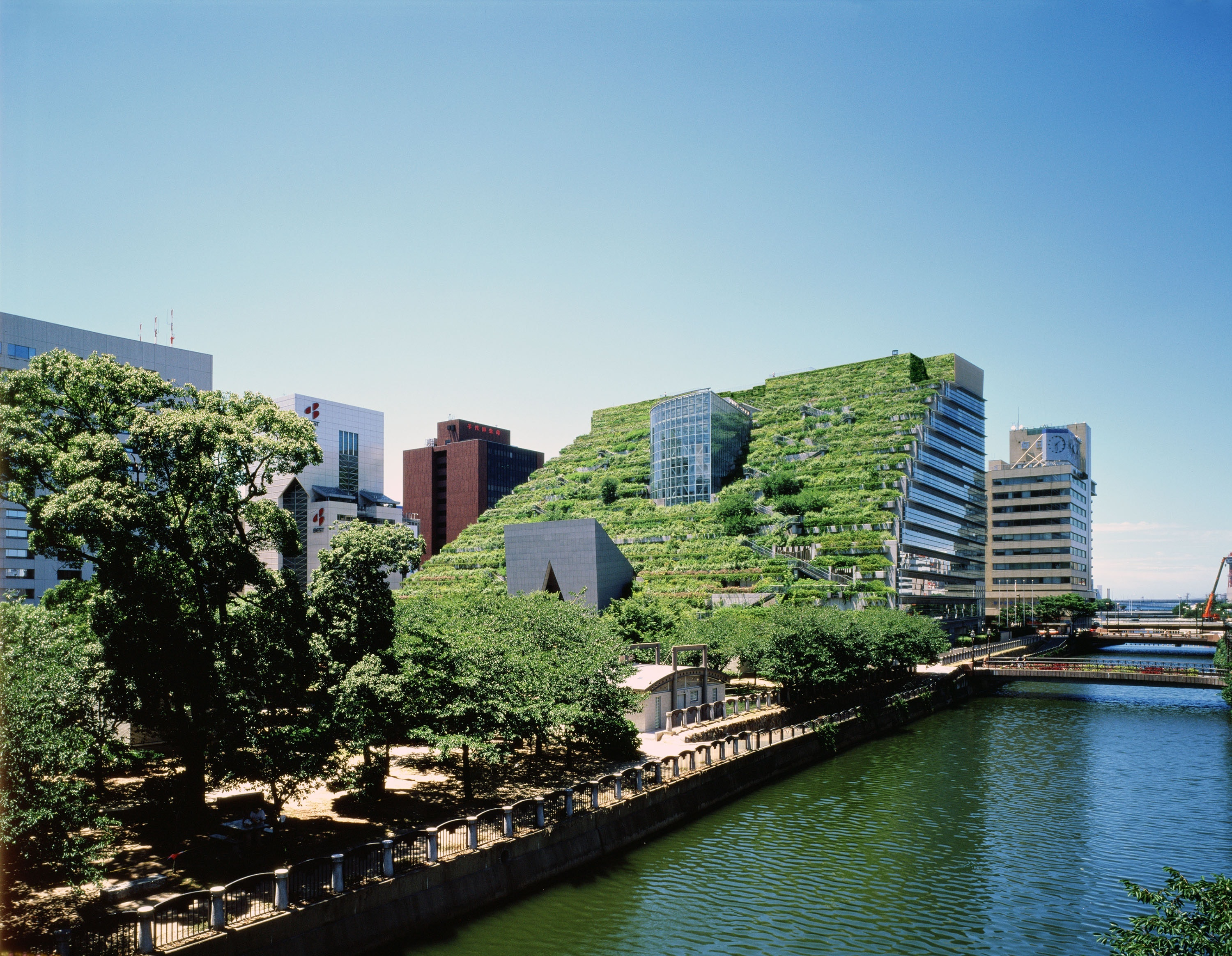 ACROS Fukuoka Prefectural International Hall has green space and hosts concerts and events.