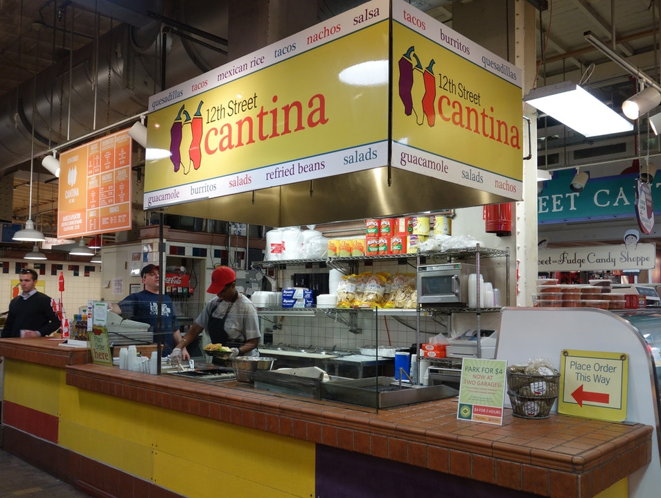 Great Mexican food, for here or to go