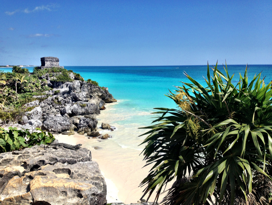 Explore Ancient Mayan Ruins and the Turquoise Waters of Tulum