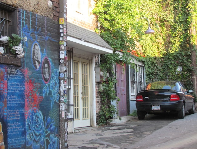 Asheville's art-filled alleys