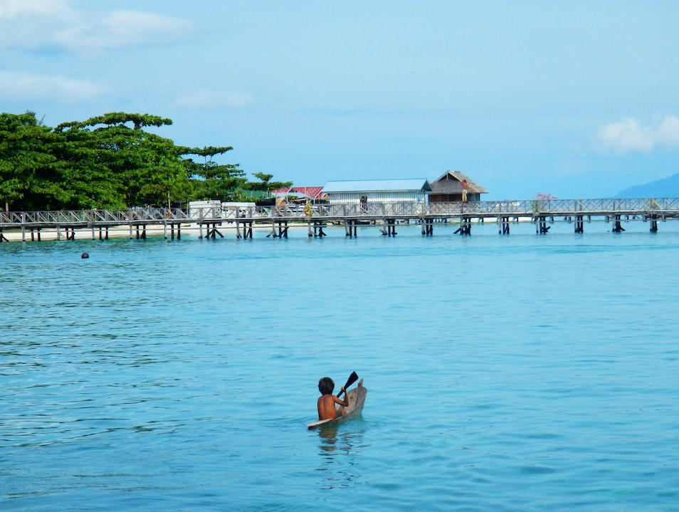 Exploring Mabul: Over and Under the Water Mabul Island  Malaysia