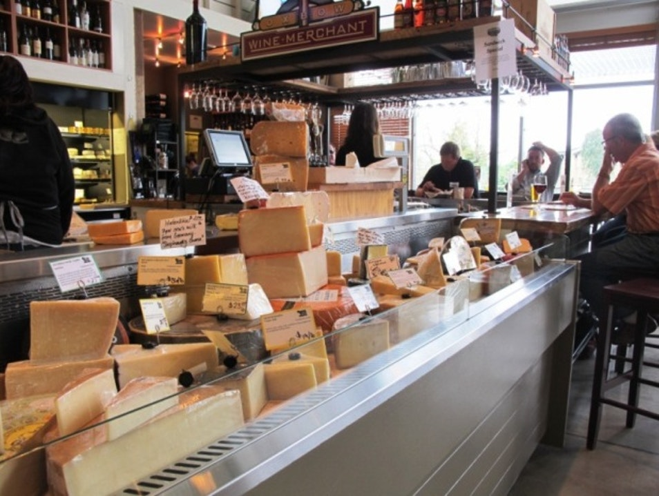 Trying Artisanal Cheese in Napa, California