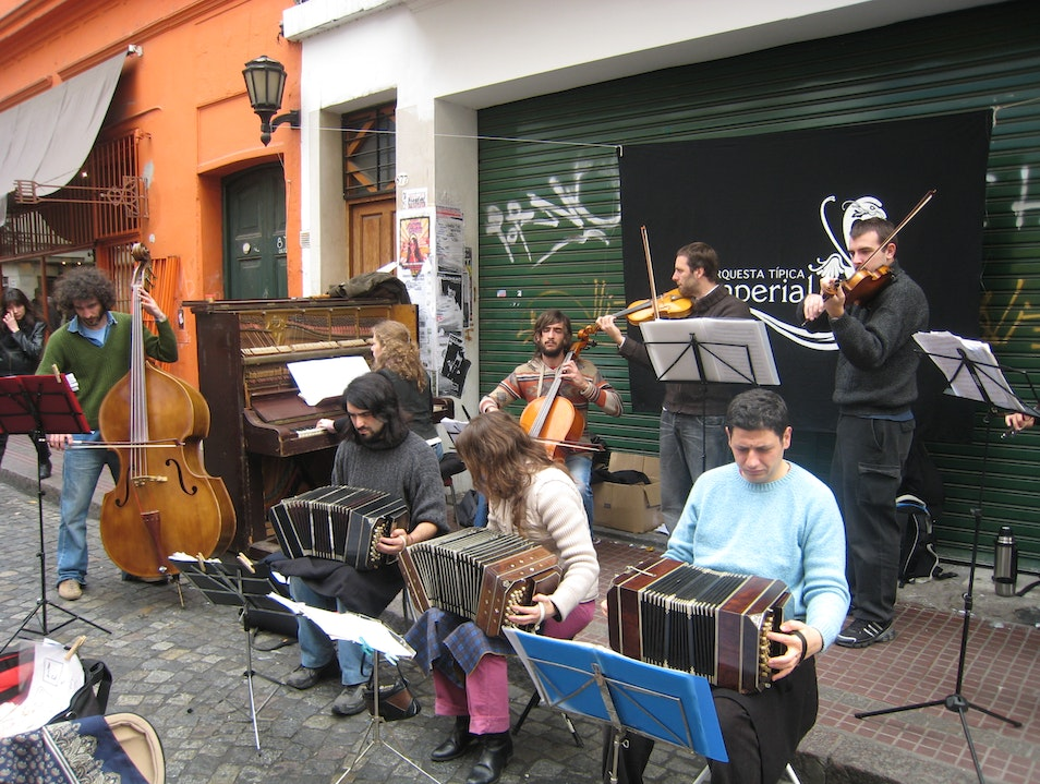 The Street Musicians of Buenos Aires