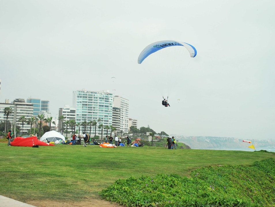 Paragliding over Lima