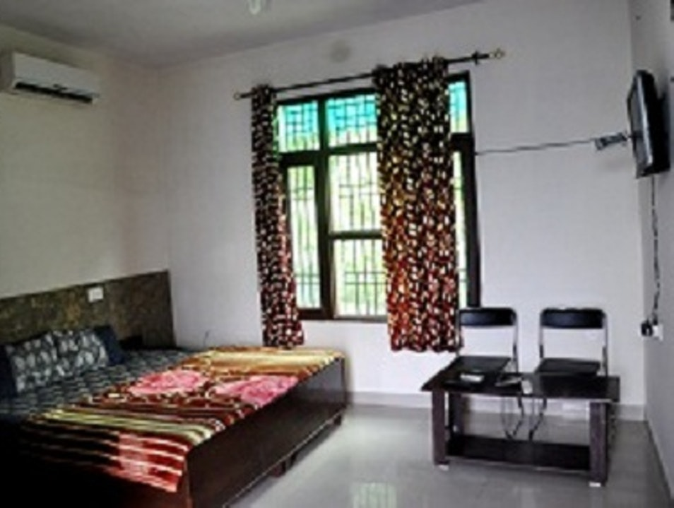 Hotel Dreamway Eco-Friendly Family Hotel In Morni Hills Bhoj Tipra  India