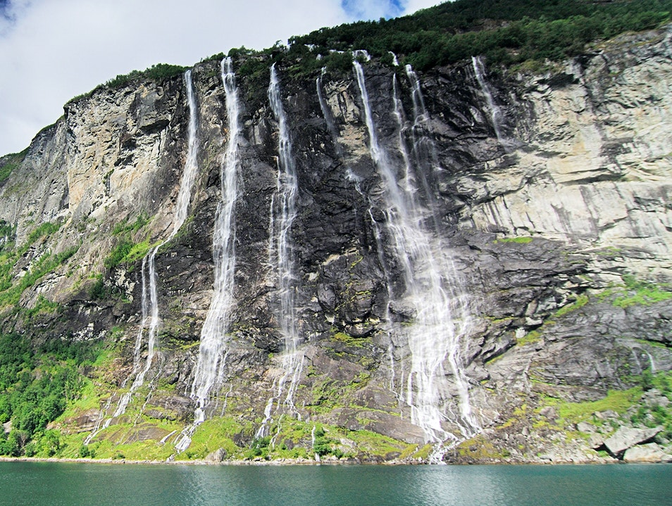 Seven Sisters Waterfalls Møllsbygda  Norway