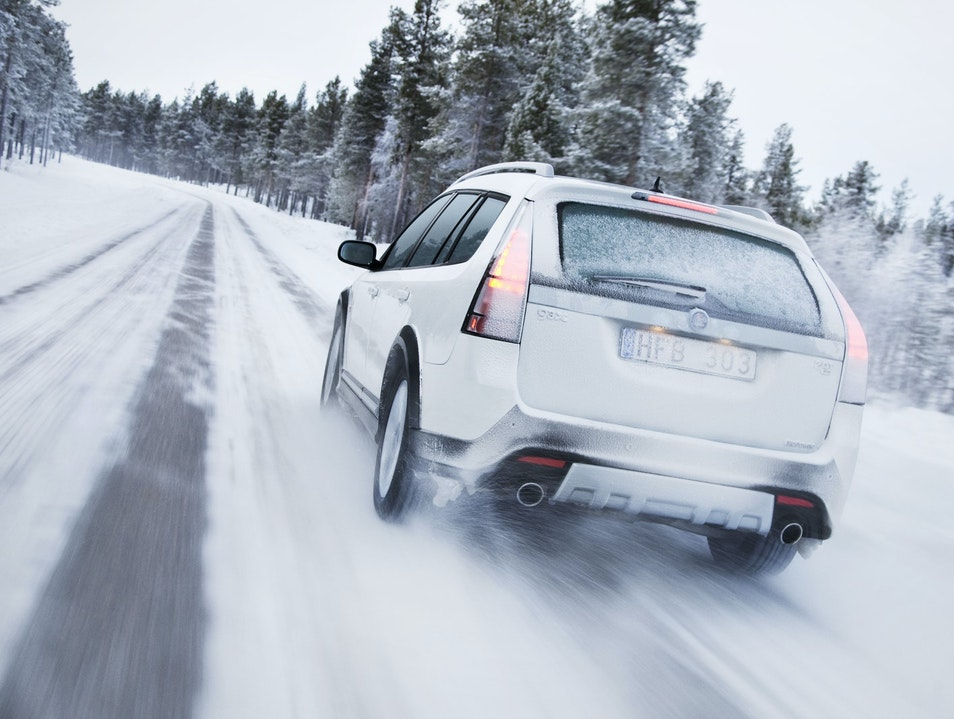 Lake Tahoe Winter Driving Tips: Chain Requirements