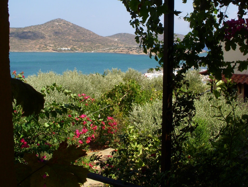 Elounda Heights: Stay with a Family in Crete Epano Elounta  Greece
