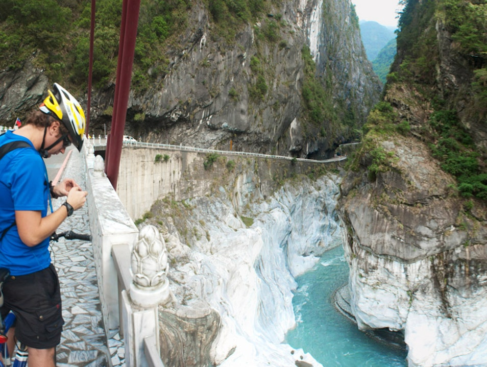 Hike Around and then Cruise Down This Spectacular Gorge on a Bike Heping District  Taiwan