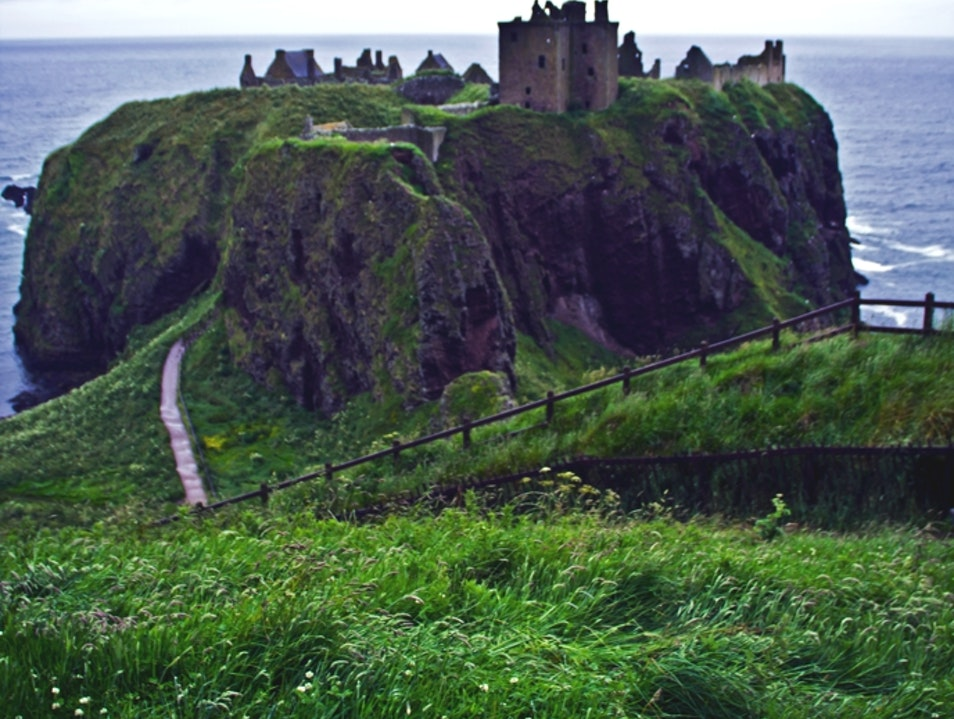 Drama on the Cliffs at Dunnottar Castle Stonehaven  United Kingdom