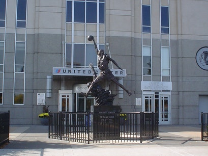 Michael Jordan Statue Chicago Illinois United States