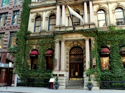Hotel Le St-James Montreal  Canada