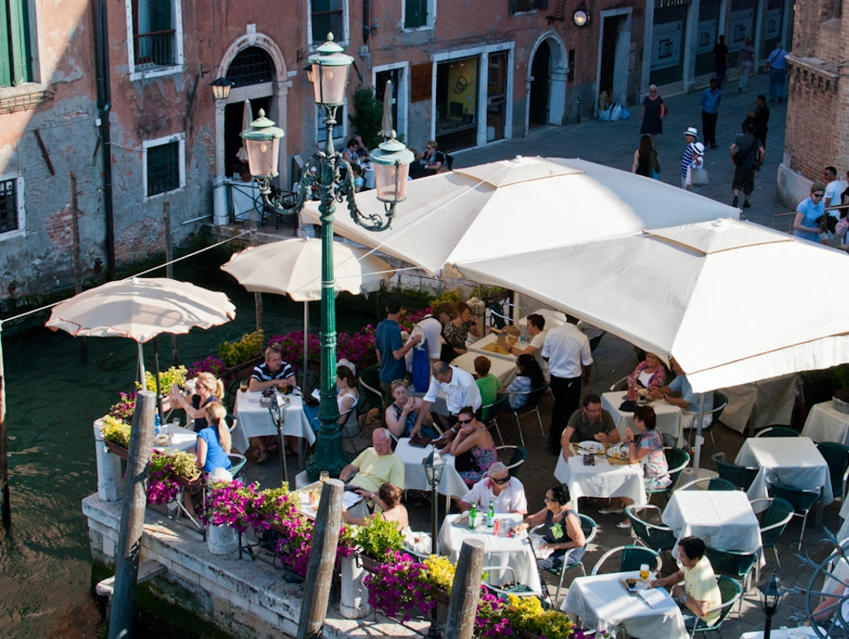 Cafe Life in Venice