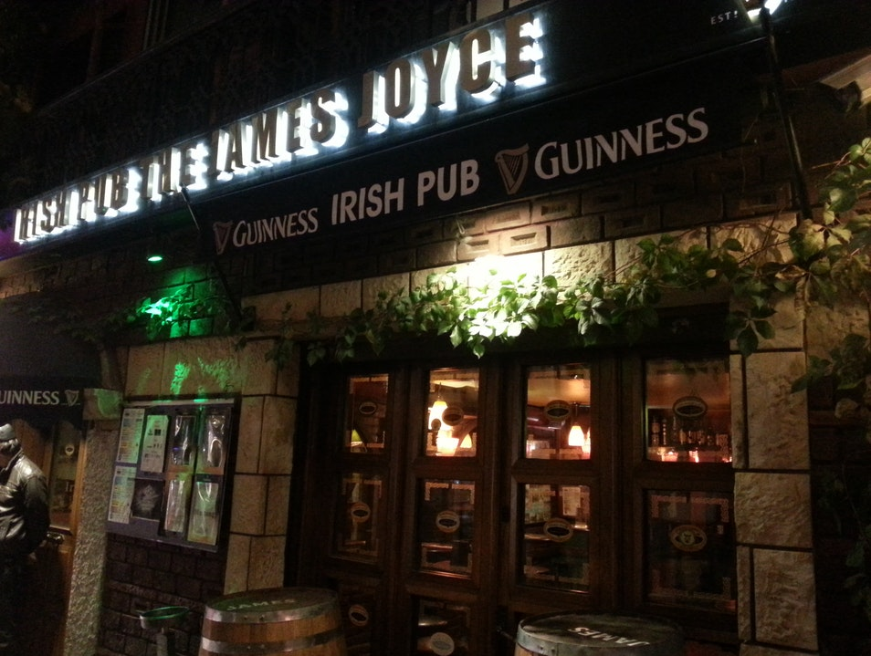 Irish Eyes Are Smiling at James Joyce Istanbul  Turkey