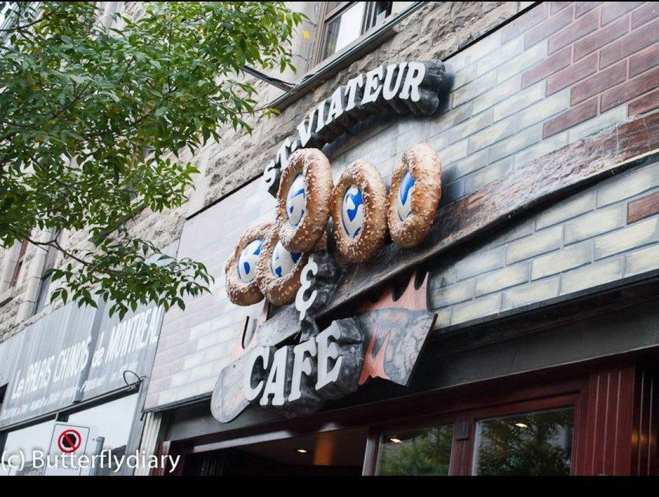 Breakfast in Montreal: Polish Style Bagels at St. Viateur Montreal  Canada