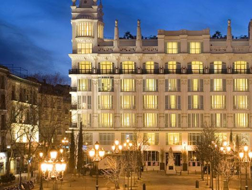 Luxurious Sleeping, Fantastic Drinking in the Center of Madrid Madrid  Spain