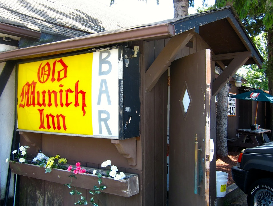 There's Always Room at the Old Munich Inn Bar