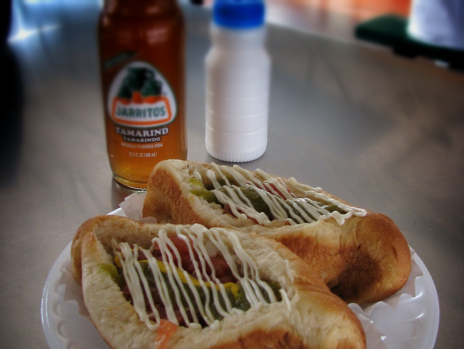 "What's a ""Sonoran Hot Dog""? Tucson Arizona United States"