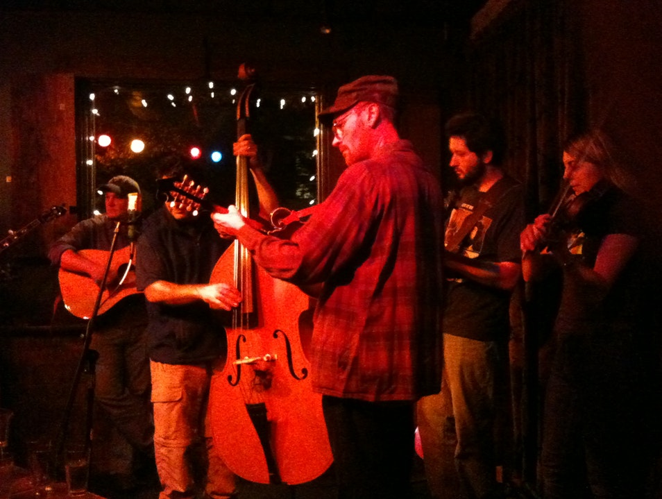Bluegrass jam at Jack of the Wood
