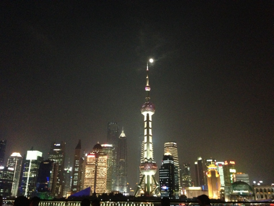 Phenomenal View With Exquisite Food   Shanghai  China