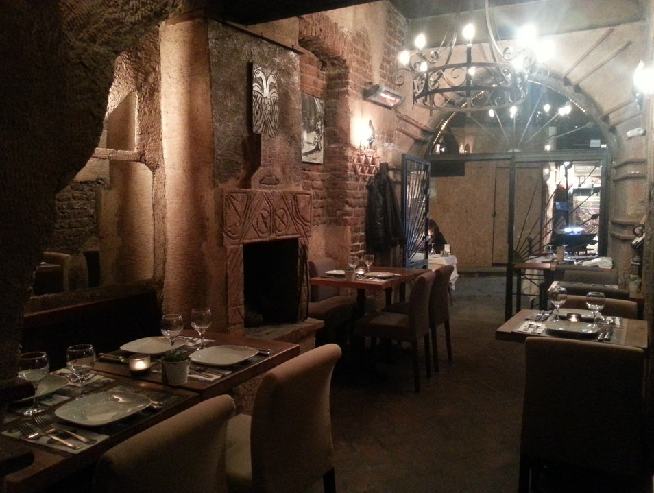 Intimate Dining and Friendly Service
