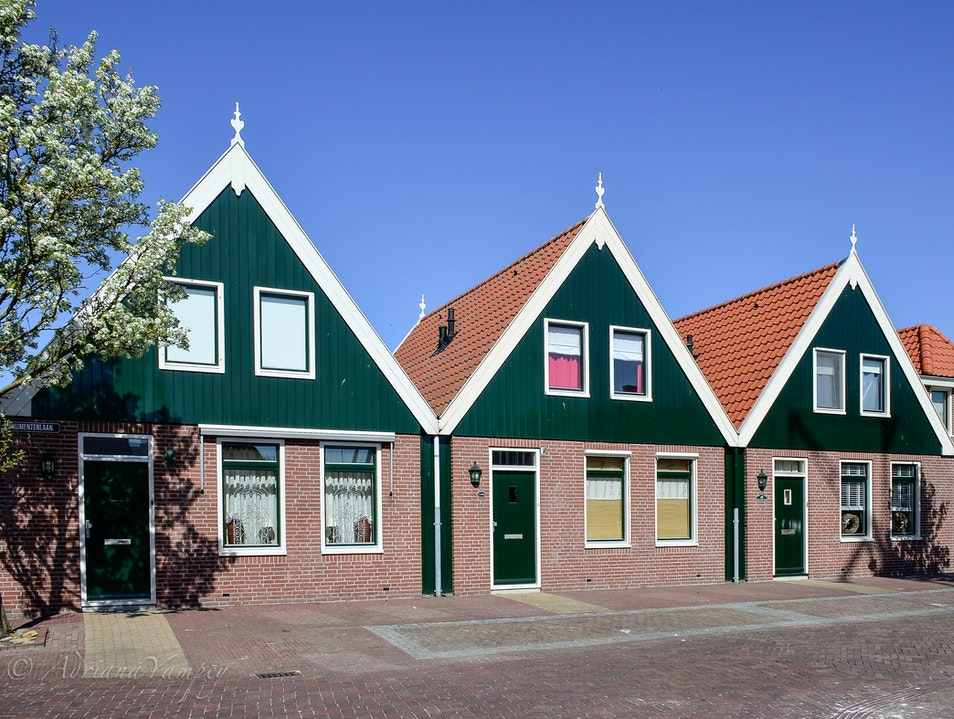 Beautiful houses in Urk